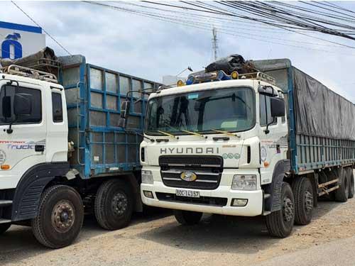 Bán xe tải 4 chân cũ TPHCM hãng Hyundai